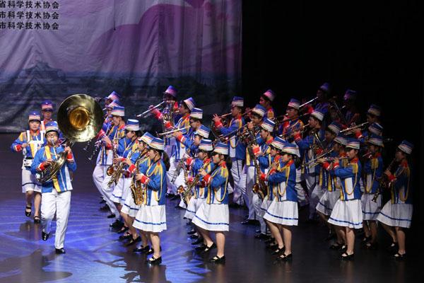 管乐合奏《欢迎进行曲》、《歌唱祖国》-第三十三届全国中学生物理